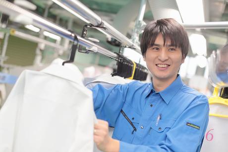 週3日からOK。クリーニングの機械のメンテナンスを行う業務です。